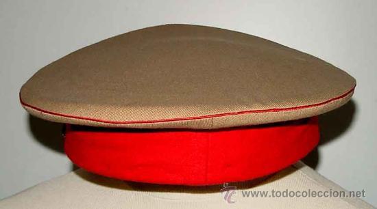 Militaria: Antigua gorra del Regimiento de la Guardia de S.E. El Jefe del Estado (Francisco Franco) - fabricada - Foto 10 - 27512211