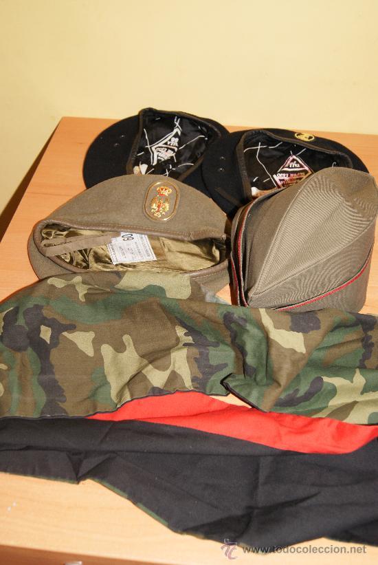 61dad620f8b5f Lote de gorras y boinas militares españolas - Vendido en Venta ...