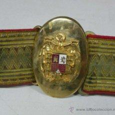 Militaria: CINTURON CON HEBILLA DE OFICIAL DE LA CASA CIVIL DE LA GUARDIA DE S.E. FRANCO DE GALA - EXCELENTE ES. Lote 31869385