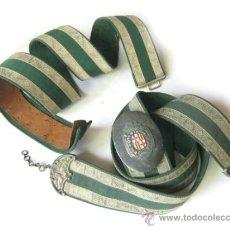 Militaria: CORREAJE DE GALA DEL CUERPO VIGILANCIA MUNICIPAL NOCTURNA DE BARCELONA - CINTURON Y BANDOLERA. Lote 32533256