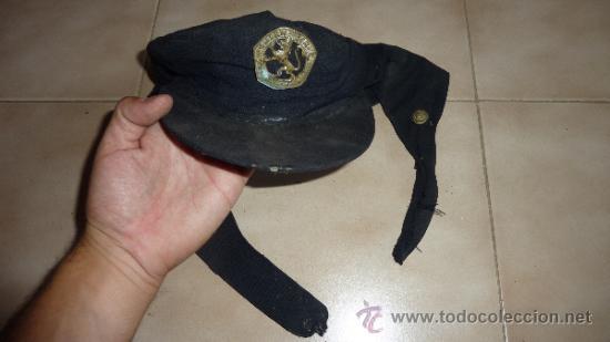 ANTIGUA GORRA DE LA OJE FRENTE JUVENTUDES DE FALANGE, MODELO DE OREJERAS CON BOTONES 1938, MUY RARA. (Militar - Boinas y Gorras )