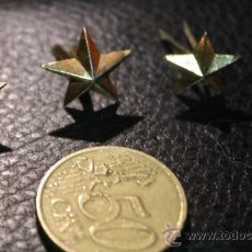 Militaria: TRES ESTRELLAS DE 5 PUNTAS DORADAS. Lote 36911940