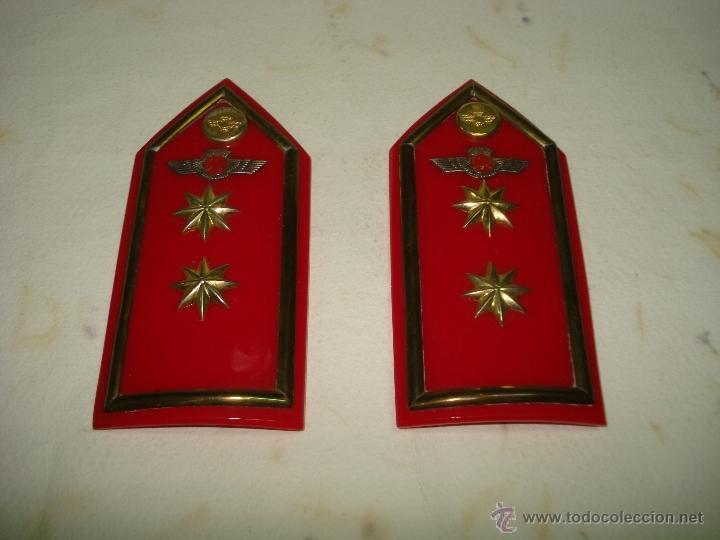 Militaria: Antiguas Hombreras de TENIENTE CORONEL del Ejercito del Aire . Epoca de Franco - Foto 3 - 39579256