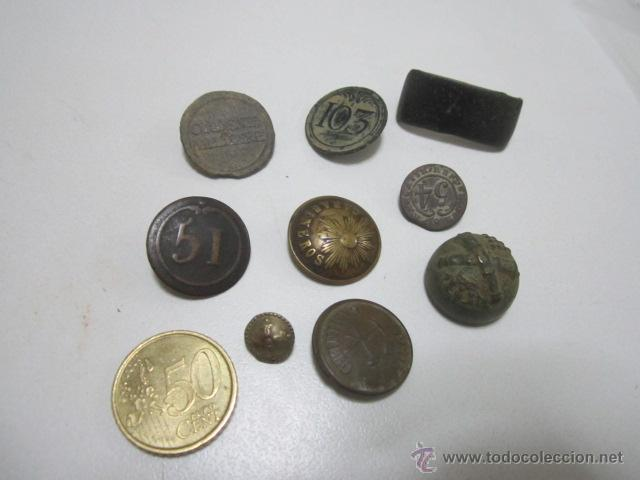 LOTE 8 BOTONES MILITARES: ARTILLERÍA, PEÓN CAMINERO, REGIMIENTO 103, REGIMIENTO 51 ETC. (Militar - Botones )