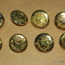 Militaria: 8 BOTONES DE UNIFORME DE GENERAL EPOCA DE FRANCO, MIDEN 2,6 CMS. DE DIAMETRO.. Lote 38285124