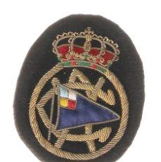 Militaria: ESCUDO BORDADO A MANO DEL REAL CLUB NAUTIC DE BARCELONA. Lote 42628950