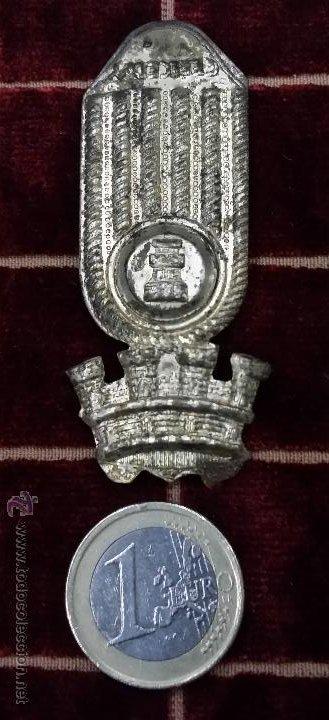 CHAPA PARA ROS O TERESIANA DE IINGENIROS ÉPOCA DE LA REPÚBLICA (Militar - Otros relacionados con uniformes )