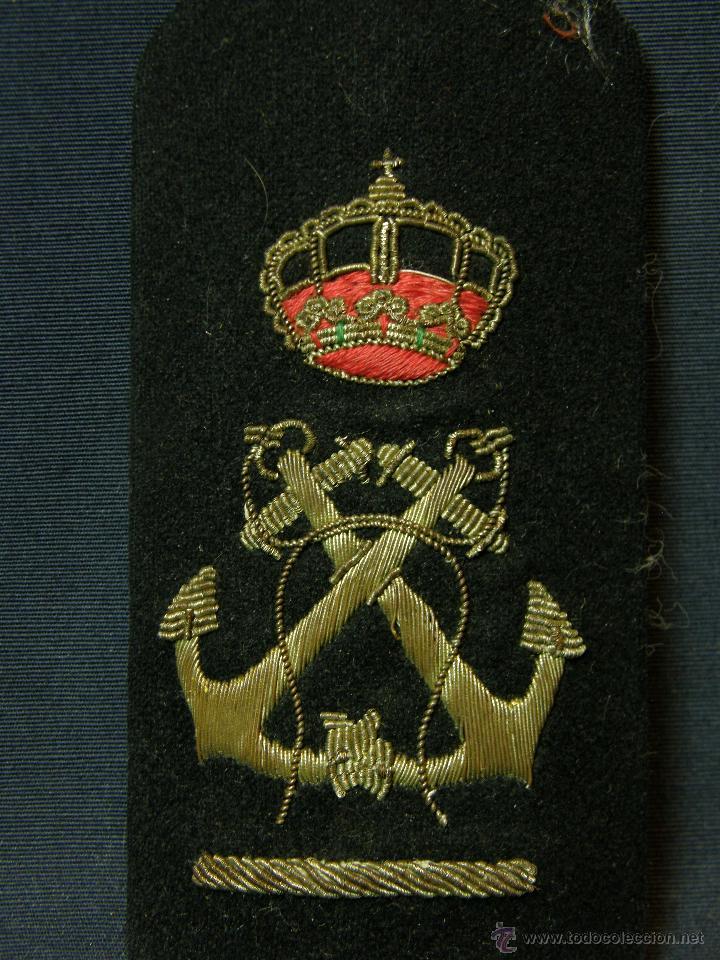 Militaria: hombrera uniforme militar corona real anclas cruzadas bordadas botón fieltro azul Marina - Foto 3 - 44372807