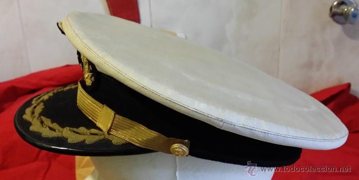 Militaria: GORRA TENIENTE CORONEL DE INFANTERIA DE MARINA ESPAÑOLA, GALLETA y DIVISAS bordadas hilo oro, - Foto 2 - 90885487