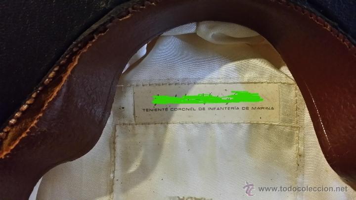 Militaria: GORRA TENIENTE CORONEL DE INFANTERIA DE MARINA ESPAÑOLA, GALLETA y DIVISAS bordadas hilo oro, - Foto 9 - 90885487