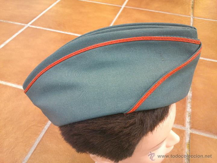 Militaria: GORRO PLATANO CUARTELERO GUARDIAS JOVENES GUARDIA CIVIL - Foto 2 - 46124155