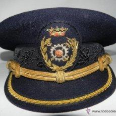 Militaria: GORRA DE OFICIAL DE ADUANAS, EPOCA DE FRANCO, MIDE 56 CMS. DE PERIMETRO INTERIOR PARA LA CABEZA, BUE. Lote 47090784