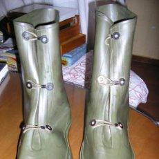 Militaria: US ARMY Y MARINES. CUBREBOTAS NBQ. Lote 49047170