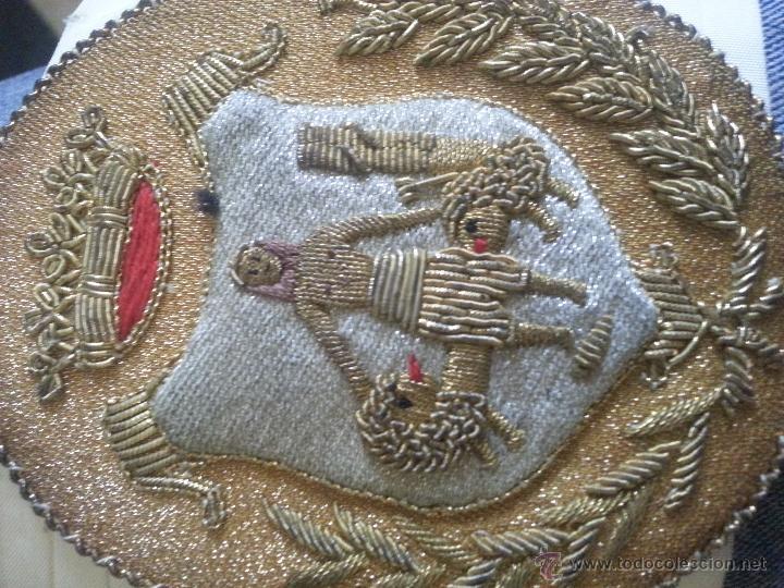Militaria: antiguo fajin fagin bordado oro canutillos escudo hercules ayuntamiento de cadiz , lazo plisado - Foto 4 - 50036162