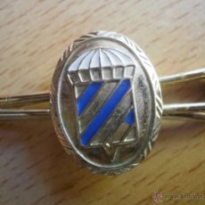 Militaria: PASADOR DE CORBATA 2º BANDERA BRIGADA PARACAIDISTA. ROGER DE LAURIA BRIPAC. Lote 50375014
