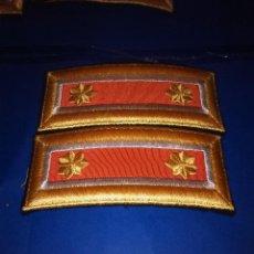 Militaria: HOMBRERAS. Lote 50472929