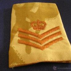 Militaria: HOMBRERA DE SARGENTO BRITÁNICO. UNIFORME DESÉRTICO.. Lote 50542088