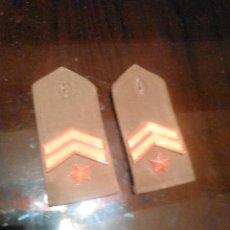 Militaria: HOMBRERAS. Lote 52772179