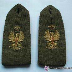 Militaria: PAR DE HOMBRERAS DE OFICIAL DEL EJERCITO ESPAÑOL, DE GALA , EPOCA DE FRANCO. Lote 52980802