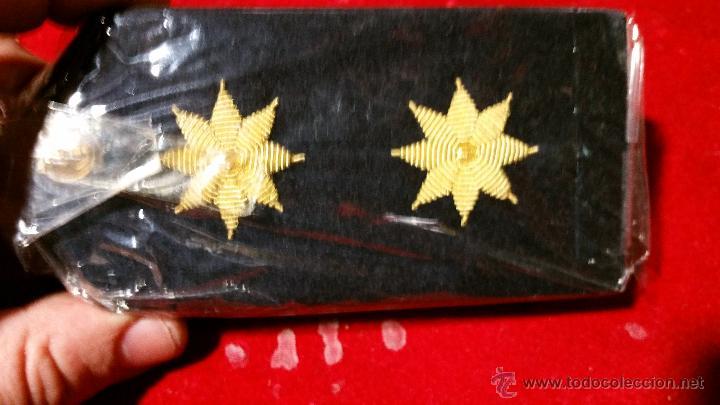 PALAS U HOMBRERAS DE TENIENTE CORONEL CALIDAD (Militar - Otros relacionados con uniformes )