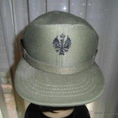 Militaria: GORRA DE FAENA DEL E.T. ÁGUILA BORDADA EN NEGRO CON CORONA REAL. TALLA 57. Lote 55028533