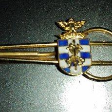 Militaria: PISACORBATAS O PASADOR DEL ESCUDO DE ARMAS DELTERCIO DUQUE DE ALBA2º DE LA LEGIÓN. Lote 103364506