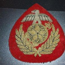 Militaria: ESCUDO DE BRAZO BORDADO AÑOS BORDADO EN HILO DE ORO. Lote 55941971