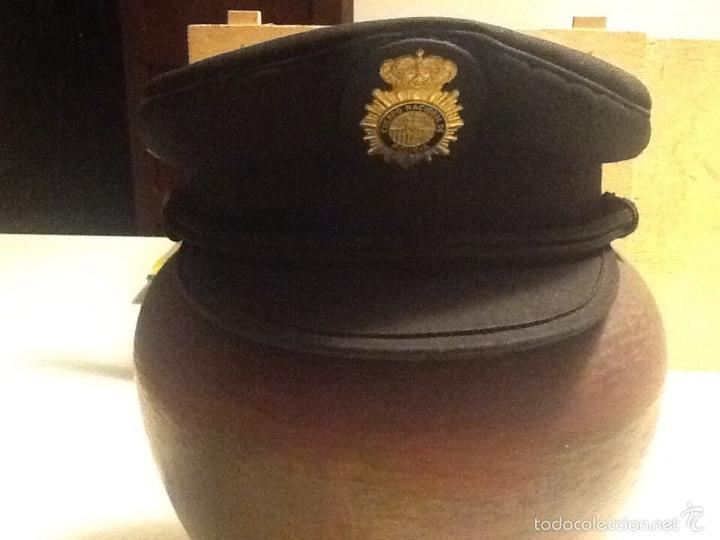 GORRA PLATO POLICÍA NACIONAL -INDUYCO S.A. (Militar - Boinas y Gorras )