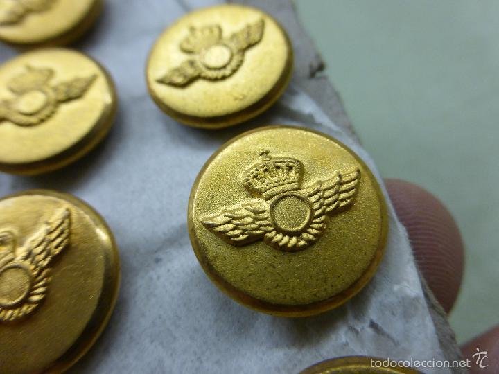 Militaria: ANTIGUO JUEGO DE 9 BOTONES MILITARES-BOTÓN MILITAR ÉPOCA FRANCO-EJÉRCITO DEL AIRE-AVIACIÓN-SIN USO - Foto 4 - 57539356