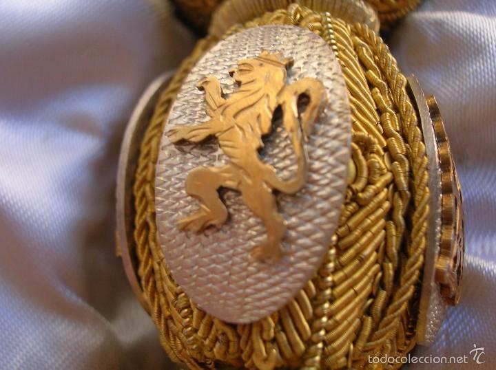Militaria: FAJIN DE GENERAL. REGIMIENTO DE CABALLERIA VILLAVICIOSA 14. VICTOR FRANQUISTA EN ORNAMENTOS. ESTUCHE - Foto 14 - 57614105