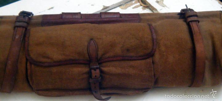 ae66575aa Antigua bolsa, macuto militar, porta trajes, porta mantas... Lona y cuero.  Para llevar a caballo