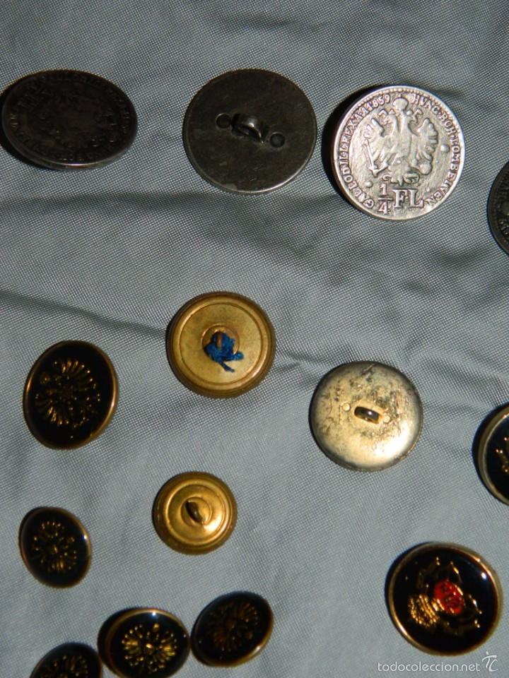 Militaria: Lote botones esmaltados negros y otros - Foto 6 - 58220875