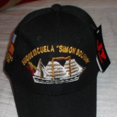 Militaria: GORRA DEL BUQUE ESCUELA SIMON BOLIVAR. Lote 58644223