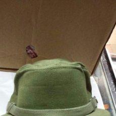 Militaria: GORRA FAENA VERDE AÑOS 80, TALLA 57. Lote 136688205