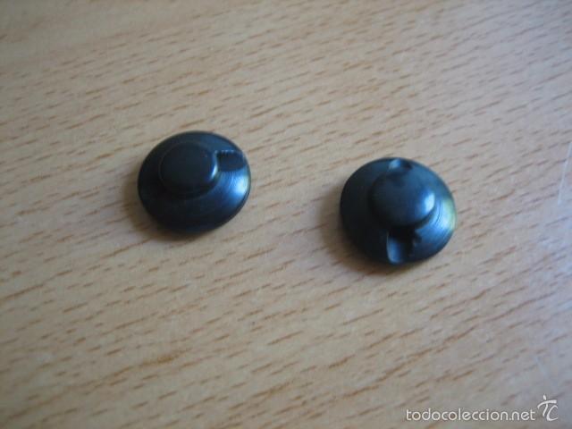Militaria: Pareja de botones negros de pasta. - Foto 2 - 59832412