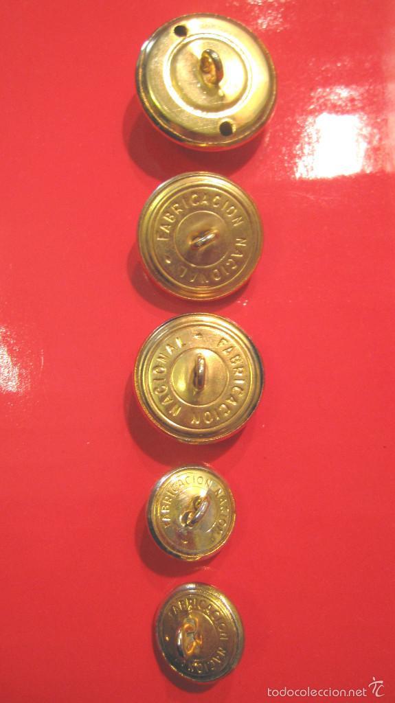 Militaria: ANTIGUOS BOTONES ET. : GRANDE CAPOTE + 2 GUERRERA + 2 BOCAMANGA. MUY BUEN ESTADO - Foto 2 - 60932503
