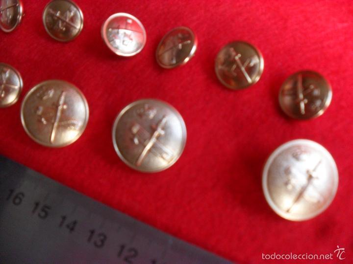 Militaria: lote botones guardia civil - Foto 2 - 61092167