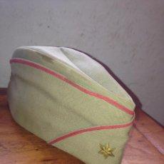 Militaria: GORRO CUARTELERO ALFEREZ. Lote 61851420