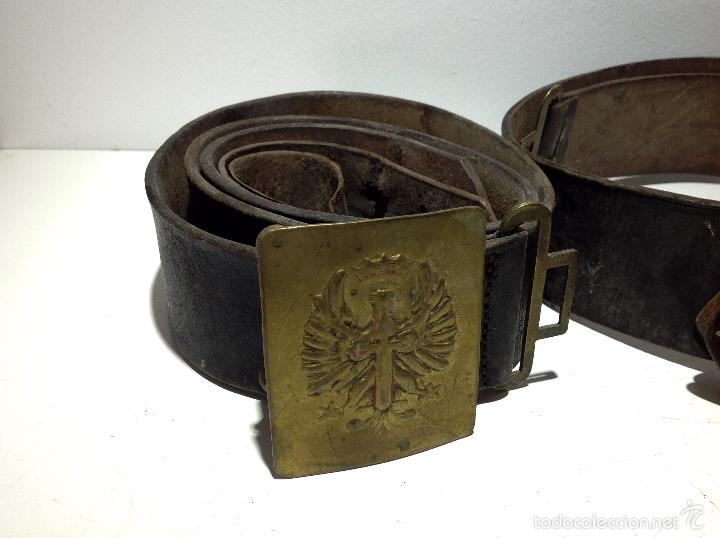 f126c551b Militaria: Lote de dos cinturones originales de época. De la guerra civil -  Foto