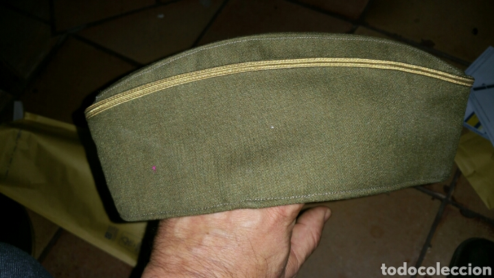 Militaria: Gorro cuartelero o de plátano de Coronel hijo de Jesús Martínez - Foto 3 - 67235581