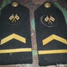 Militaria: ARMADA ESPAÑOLA. PAREJA DE HOMBRERAS PARA UN SUBTENIENTE SEÑALERO.. Lote 68971373