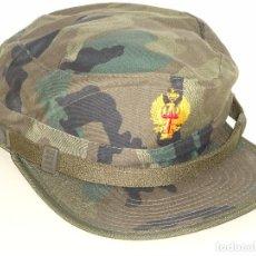 Militaria: GORRA MILITAR. EJÉRCITO ESPAÑOL. CAMUFLAJE BOSCOSO. TALLA M. MODELO CERRADO. VALLE. 100 GR. Lote 70373445