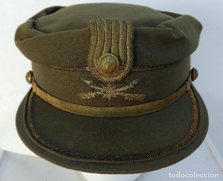 TERESIANA COMANDANTE LEGION ESPAÑOLA, COLOR KAKI, ESTRELLA BORDADA,EPOCA FRANCO, MELILLA (Militar - Boinas y Gorras )