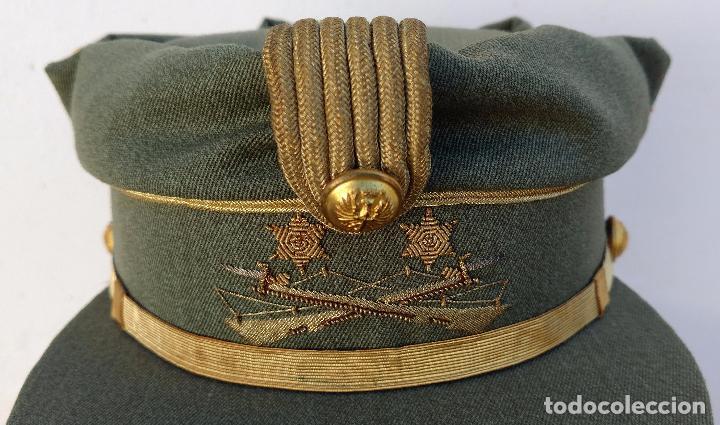 Militaria: TERESIANA TENIENTE LEGION ESPAÑOLA, COLOR VERDE LEGION O SARGA, ESTRELLA bordada, - Foto 2 - 71602463