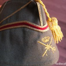 Militaria: GORRO CHAPIRI O GORRILLO DE GENERAL DE BRIGADA DE LA LEGION ESPAÑOLA.. Lote 207152085