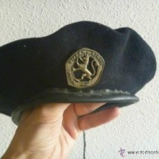 Militaria: BOINA DE LA ORGANIZACION JUVENIL ESPAÑOLA , OJE . PERFECTA. Lote 75129299