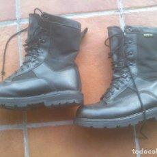Militaria: BOTAS GORETEX EJERCITO DE TIERRA T-42. Lote 80874416