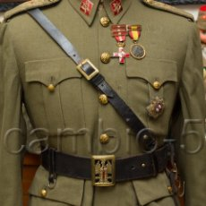 Militaria: CINTURÓN DE CUERO DE OFICIAL ESPAÑOL EJÉRCITO DE TIERRA,CON TIRANTE - RÉGIMEN ANTERIOR. Lote 78366593