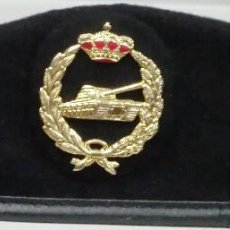 Militaria: BOINA DE CARROS DE COMBATE. Lote 82021348
