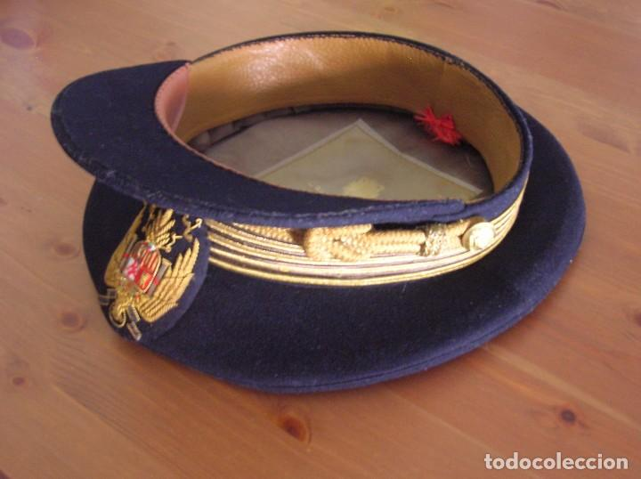 Militaria: ANTIGUA GORRA FRANQUISTA. CASA YUSTAS DE MADRID. JERARCA FALANGISTA. MOVIMIENTO NACIONAL. - Foto 2 - 85810280
